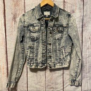 I LOVE H81 Distressed Denim Acid Washed Jacket